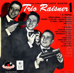 [Pochette de À Naples - à Paris (TRIO RAISNER)]